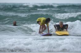 personne handi surf
